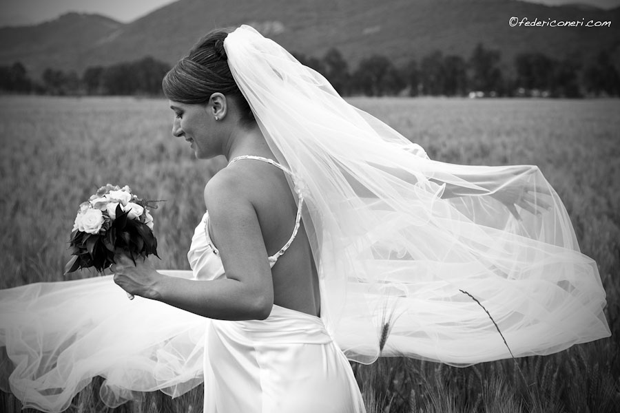 Bride in Tuscany, wedding photography