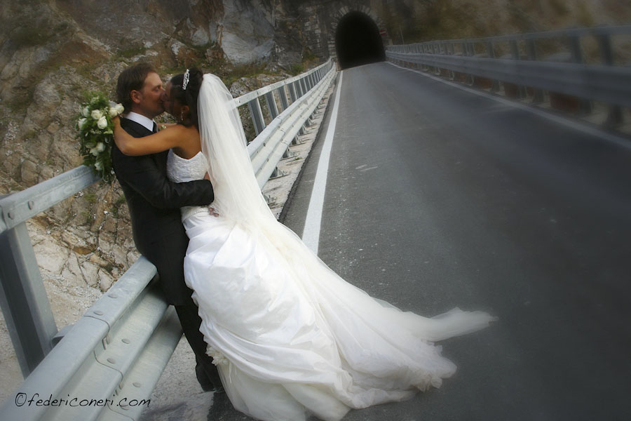 Wedding photography in marble quarries of Carrara